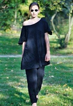 Exklusive Mode körpernah umspielt 6
